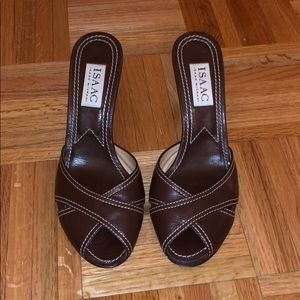 Isaac Mizrahi Brown Leather Sandals